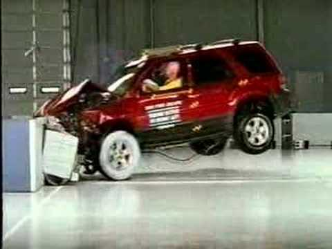 Crash Test 2005 - 2008 Ford Escape / Mercury Mariner / Mazda Tribute (Frontal Offset) IIHS
